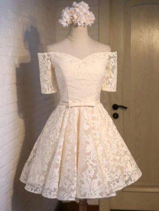 Short Graduation Dress Champagne Off Shoulder Lace Embroidered Bow Backless Lace-up Cocktail Homecoming Dresses