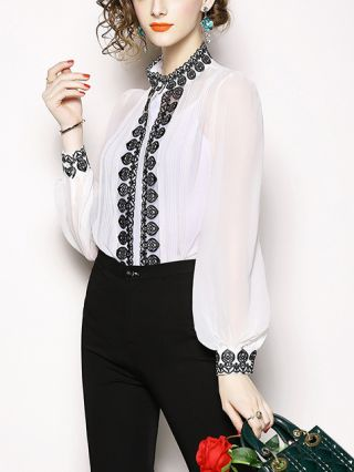 2020 Spring and Summer New Embroidery Hollow Long Sleeve Blouse Camisole 2 Piece Set Tops