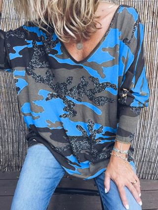 Chic Camouflage T-shirts For Woman Plus Size V-neck Fall Tops With Long Sleeve