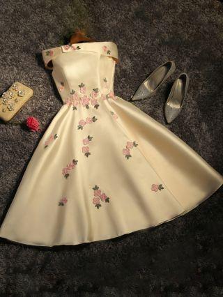 Women New Off the Shoulder Mini Dress Irregular Flowers Embroidery Bridesmaid Evening Dresses