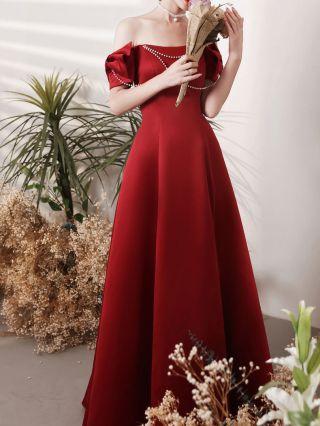 Homecoming Dress Burgundy Dress Off the Shoulder Ruffled Beading Short Sleeve Open Back Lace-up Satin Bridesmaid Evening Dresses
