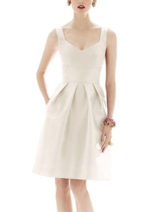 Homecoming Dress Beige Dress Sleeveless Little V-Neck Open Back Solid Color Pockets Midi Party Evening Dresses