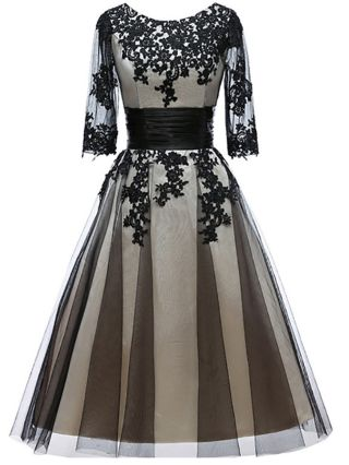 Black Dress Lace Gauze Stitching Three Quarters Sleeve Round Neck Homecoming Dress Maxi Banquet Evening Dresses