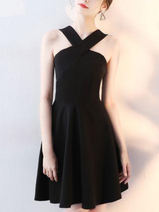 Little Black Dress Halter Sleeveless Open Back Homecoming Dress Solid Color Short Banquet Party Evening Dresses