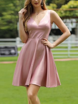 Bridesmaid Dress Pink Dress Sleeveless V-Neck Solid Color Homecoming Dress Short Banquet Party Evening Dresses