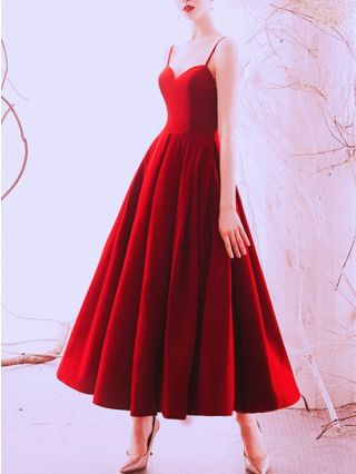 Bridesmaid Dress Burgundy Dress Straps V-Neck Open Back Satin Homecoming Dress Maxi Swing Evening Prom Dresses