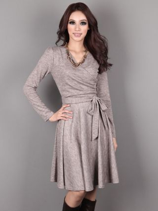 Casual V-neck Front Cross Long-Sleeved Cotton Swing Midi Knit Dress with Belt