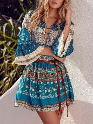 Fashion Blue Floral Printed Lace-up V-neck 3/4 Bell Sleeve Short A-line Bohemian Dress without Belt