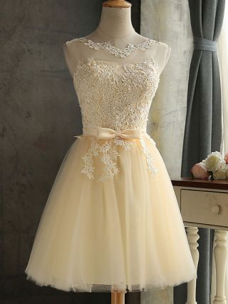 Plus Size Short Homecoming Dress Champagne Lace Embroidery Stitching Mesh Sleeveless Bow Backless Bridesmaid Prom Party Summer Dresses