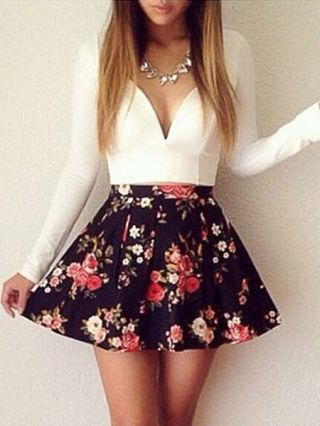 Sexy V-neck Floral Printed Mini Princess Dress with Long Sleeve